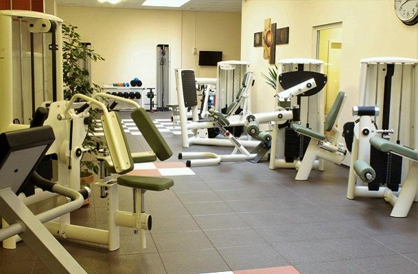 Fitness-Therapiezentrum-im-Gesundheitspark-am-Regenbogen